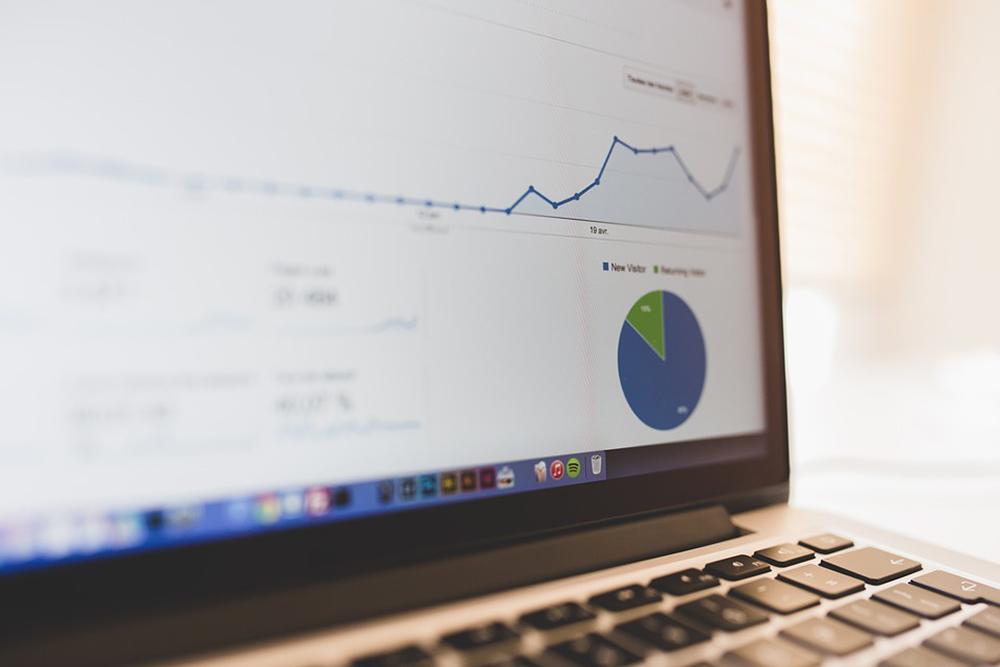 中小企業がホームページで集客するために、まず月間1000PVを目指す